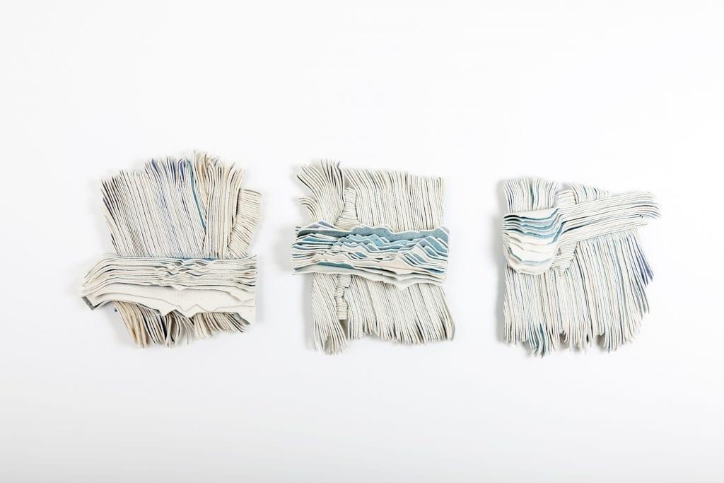 Marianne Moe stiller ut på Nordnorsken. Kunstneren fra Herøy har også fått utstillingens kritikerpris.
