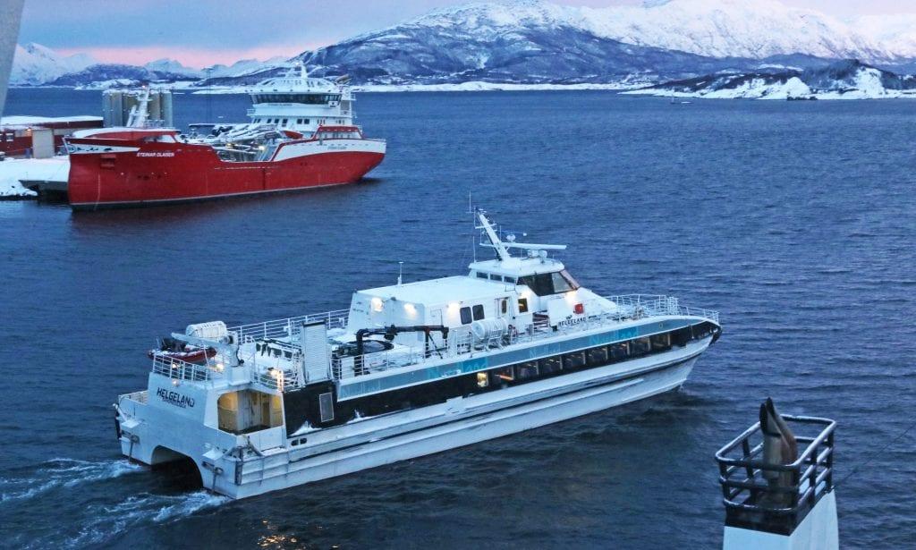 Trøbbel i Nex-ruta mellom Svolvær og Bodø rammer hurtigbåtpassasjerer mellom Sandnessjøen og Træna og mellom Sandnessjøen, Austbø, Herøy og Vega.