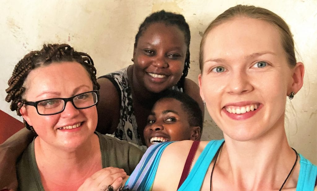 Agata Tylkowska driver barnehjem i Kenya.