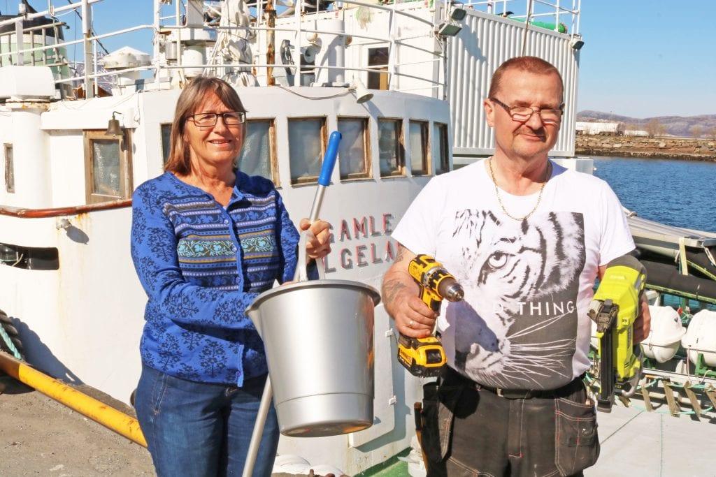 Ildsjeler forbereder vaskedugnad for å gjøre Gamle Helgeland til hotellskip under båtmessa.
