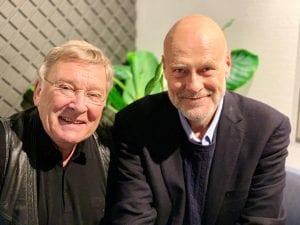 Gjest: I fredagens sending får Vidar Lønn-Arnesen besøk av Jostein Pedersen. Foto: Radio Vinyl