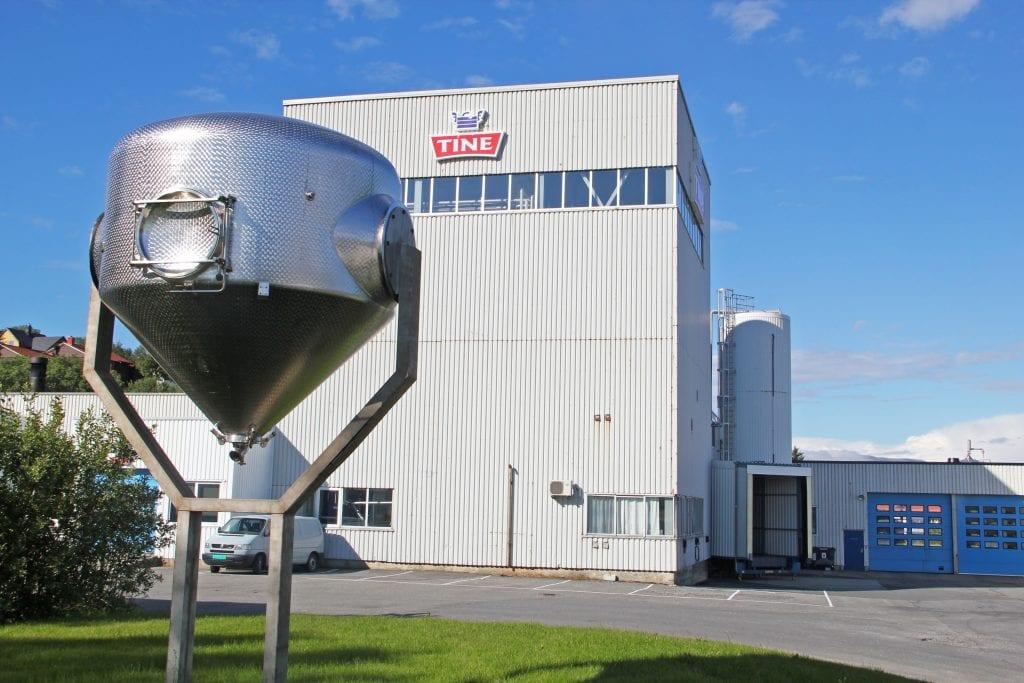 Tine investerer i nytt utstyr ved meierianlegget i Sandnessjøen.