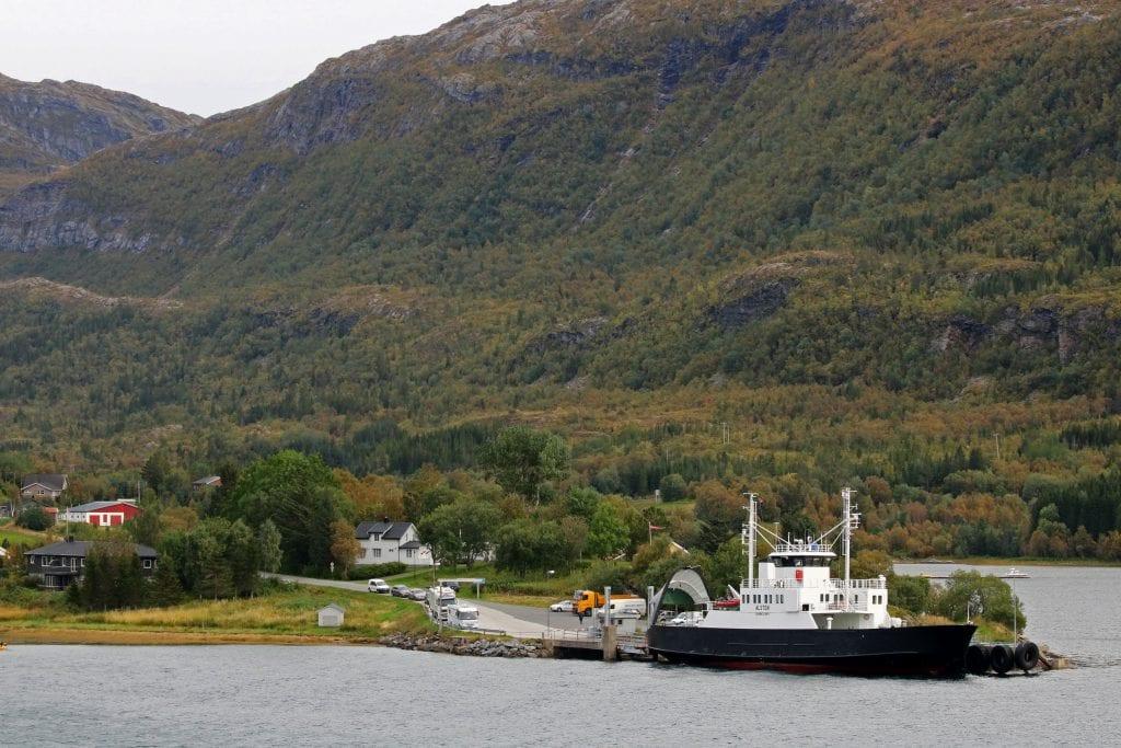 """Kommuneledelse og lokalbefolkning vil ha ferja """"Tomma"""" tilbake i sambandet mellom Nesna og øyene."""