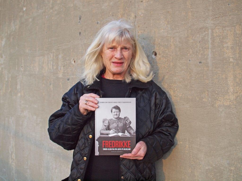 Dagrunn Grønbech fra Herøy har forfattet boka om Fredrikke Tønder-Olsen fra Kopardal.