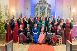 Helgeland Kammerkor er klar for førjulskonserter i Alstahaug kirke og Nesna kirke.