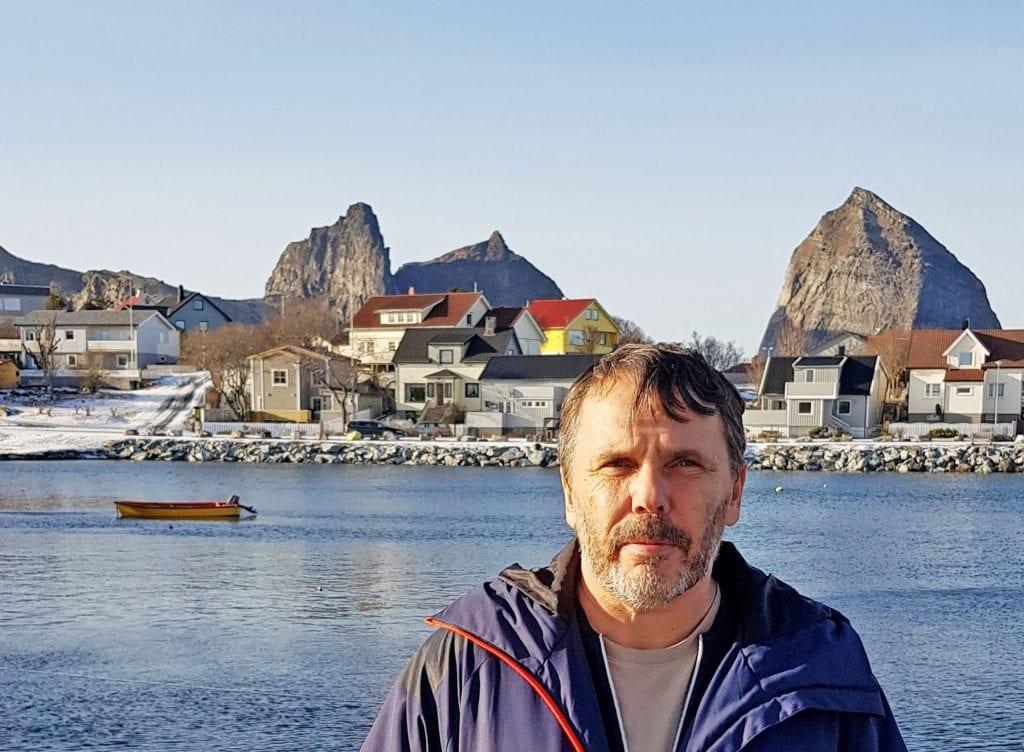 """""""Nok en spiker i kista for Træna"""", mener ordfører Jan Helge Andersen med utgangspunkt i framtidige ruteplaner."""