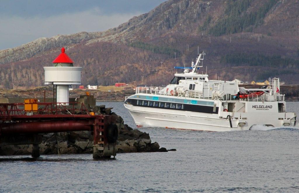 Torghatten leverte billigste anbud på midlertidig drift av hurtigbåtruta til Træna.