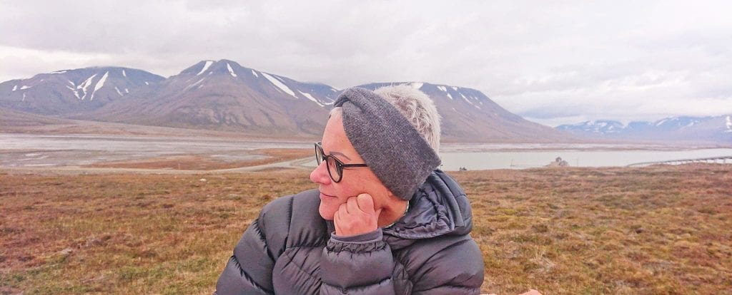Nina Johnsen stortriives på Svalbard.