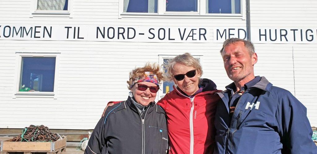 Innbyggere og feriefolk i Nord-Solvær håper ordningen med signalanløp av hurtigbåten blir videreført.