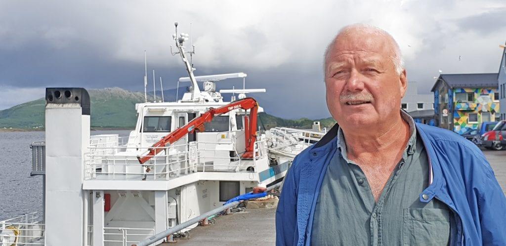 Svein Åsen kaller Nord-Solvær det fineste stedet på jorda og håper hurtigbåten skal fortsette å gå innom øya også etter 1. september.