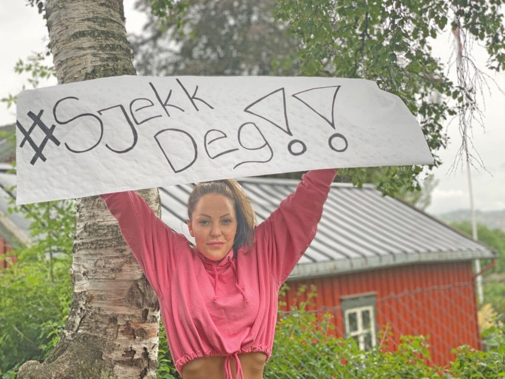 Rebekka Johansen oppfordrer alle til å ta livmorhalsprøve og til å vaksinere seg mot HPV-virus.