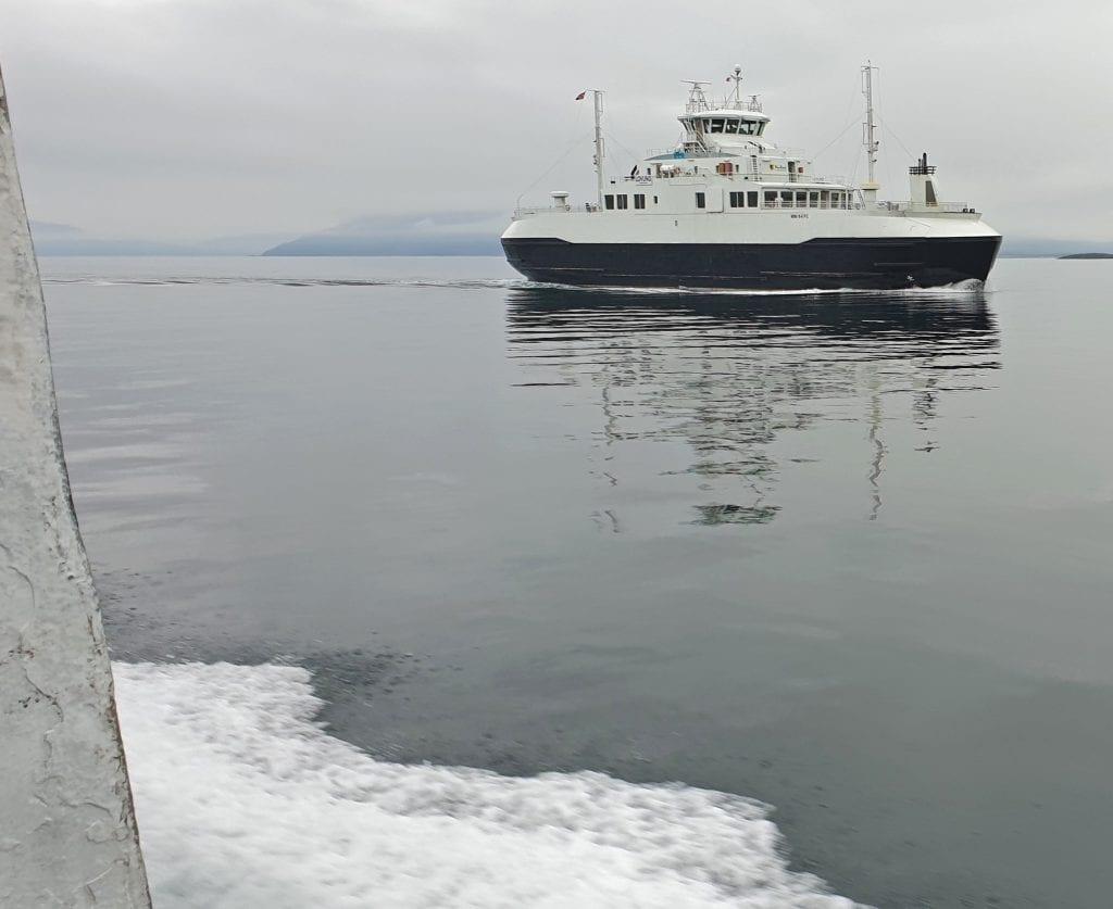 Hvordan drar pendlere fram og tilbake på arbeid, spør Lurøy kommune, som kartlegger pendleres reisemønstre.