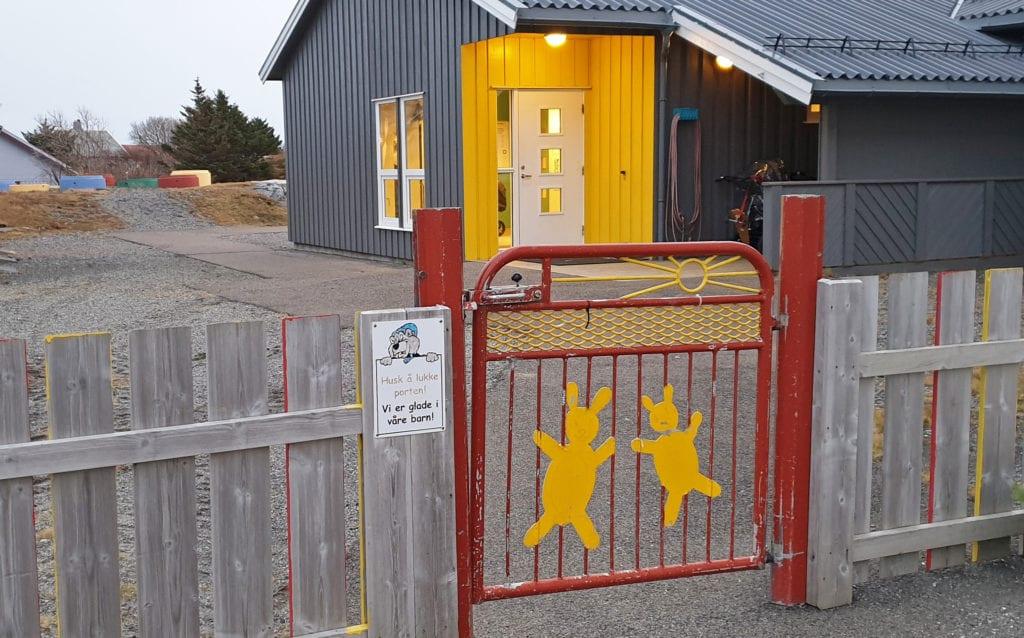 Barnehagen på Husøy skal ha helårsåpent.