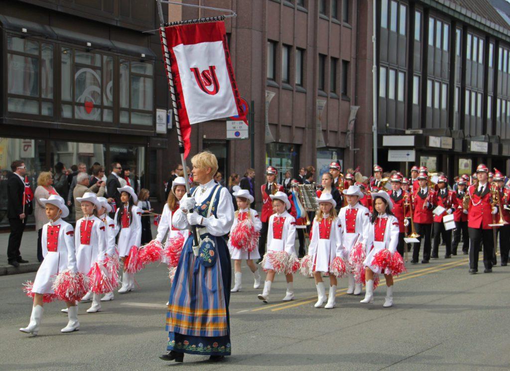 17. mai er ikke minst dagen for norske bunader, inkludert nordlandsbunaden.