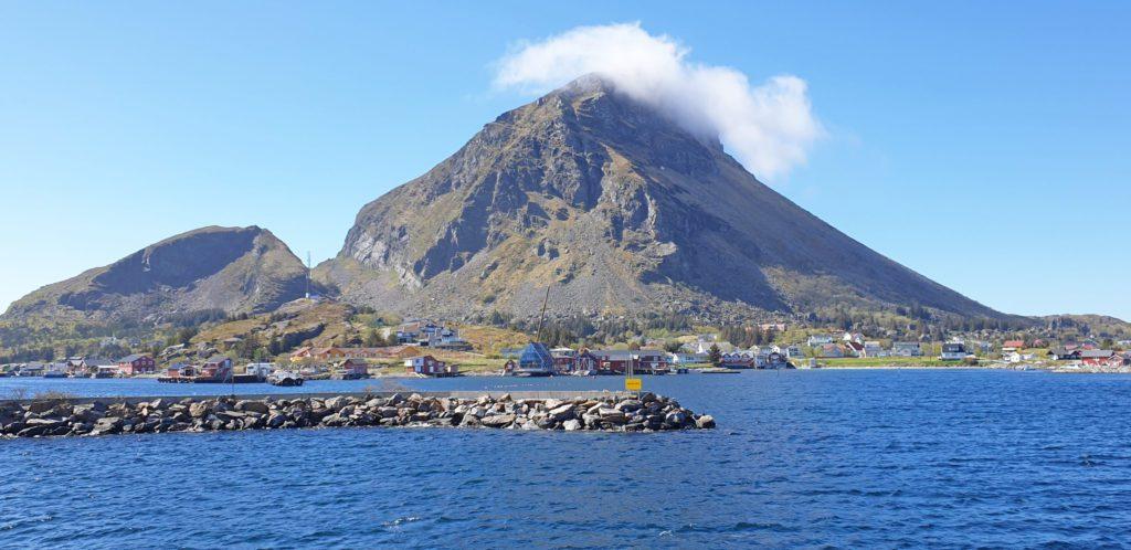 Lurøy kommune er på utkikk etter folk som kan tenke seg å sitte i ett av de sju stemmestyrene som skal velges.